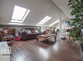 Charmant Duplex dernier étage